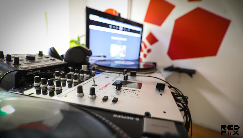 DJing in the SBStudio